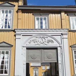 Entrée du palais royal de Trondheim