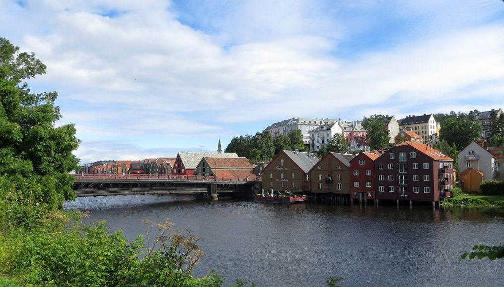 Quais et pont de Trondheim